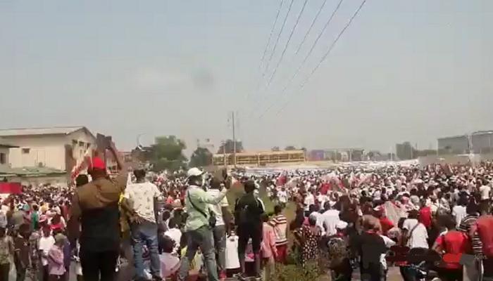 Marche des pro-Kamerhe à Kinshasa violemment dispersée par la Police (Vidéo)