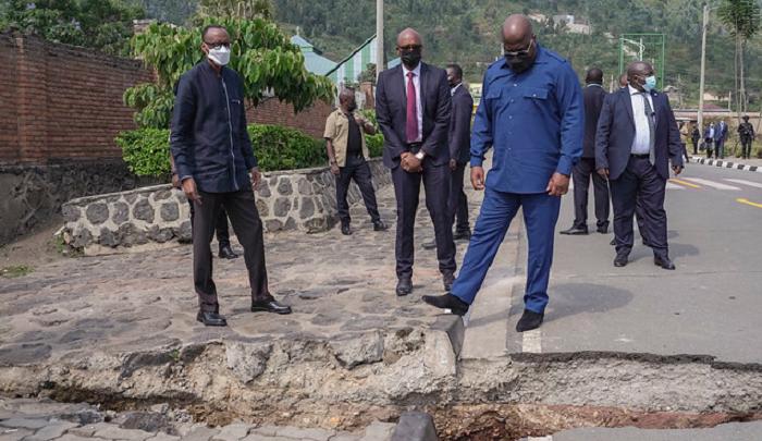 Tshisekedi découvre au Rwanda les dégâts causés par l'éruption du volcan Nyiragongo