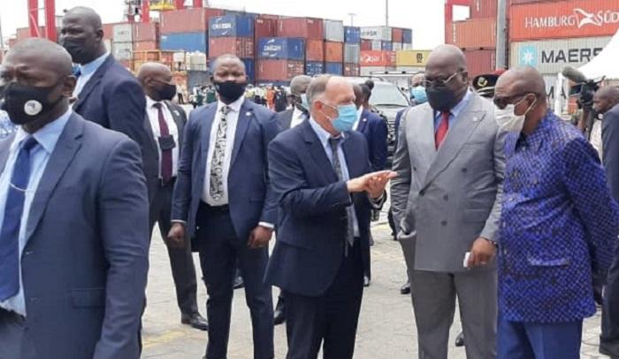 A Conakry le groupe Bolloré fait un clin d'œil à Félix Tshisekedi